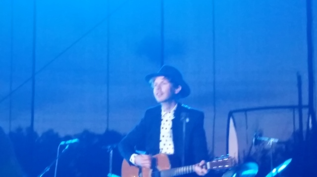 "Beck plays his latest, ""Blue Moon,"" in Raleigh, NC"